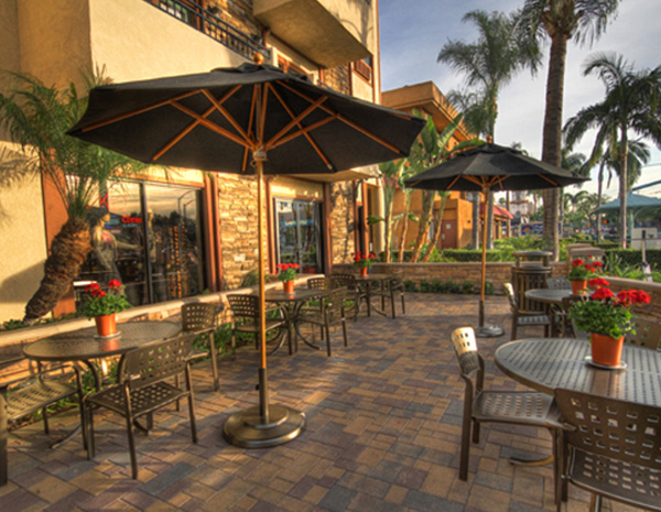 The Cove Restaurant Patio at Tropicana Inn and Suites