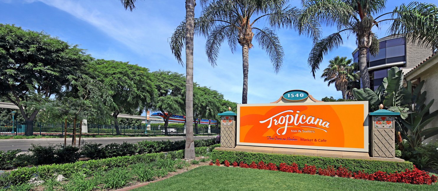 The Tropicana Inn and suites hotel sign found near Disneyland