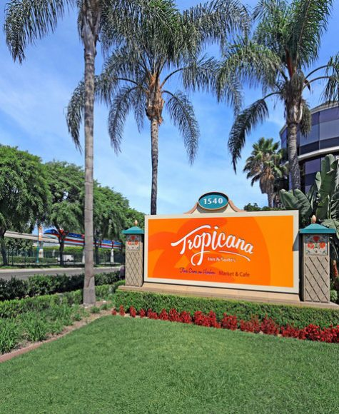Tropicana Inn & Suites Hotel Sign
